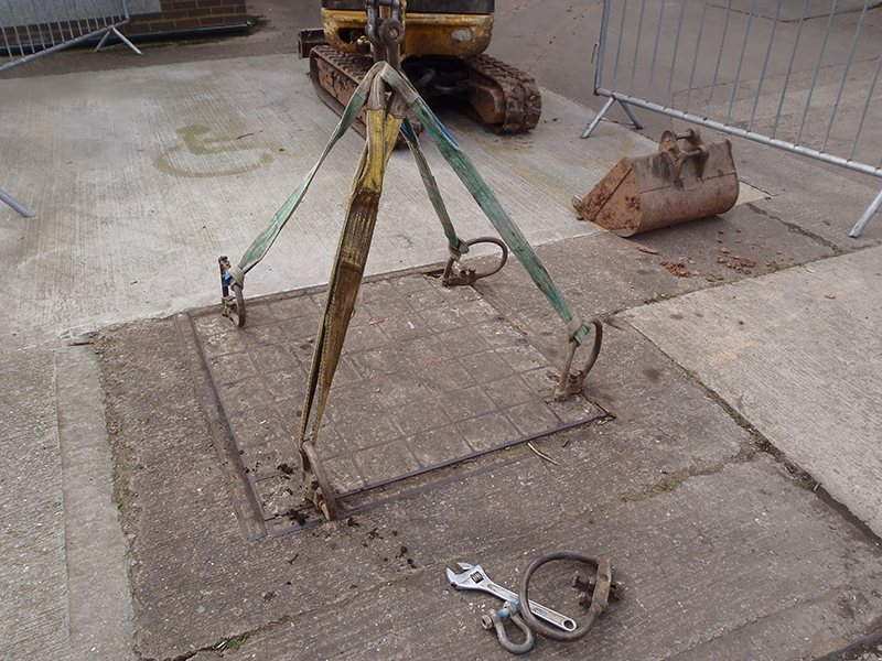 Lifting equipment required to remove heavy concrete covers