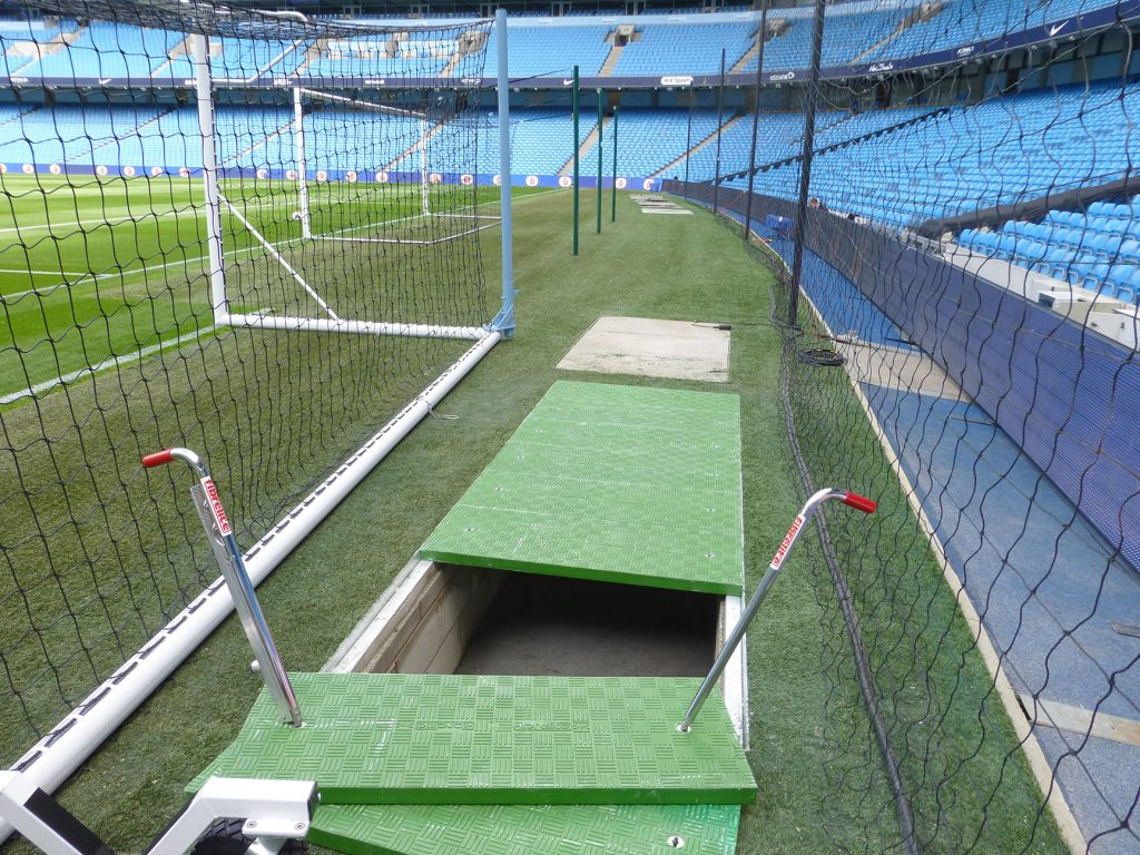 The recently installed Fibrelite coloured trench covers, suitable for many applications ranging from stadiums, water sewerage treatment plants, to airports and dock and ports