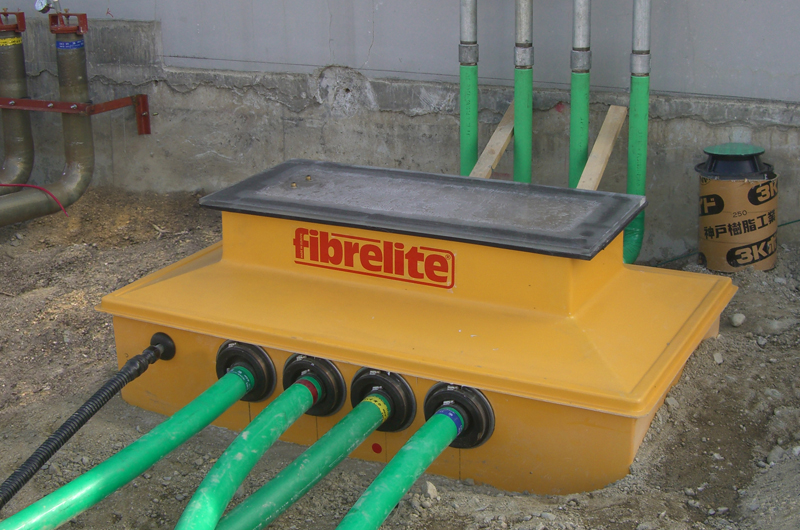 Fibrelite's vapour recovery transition sumps being vacuum tested to ensure a watertight installation