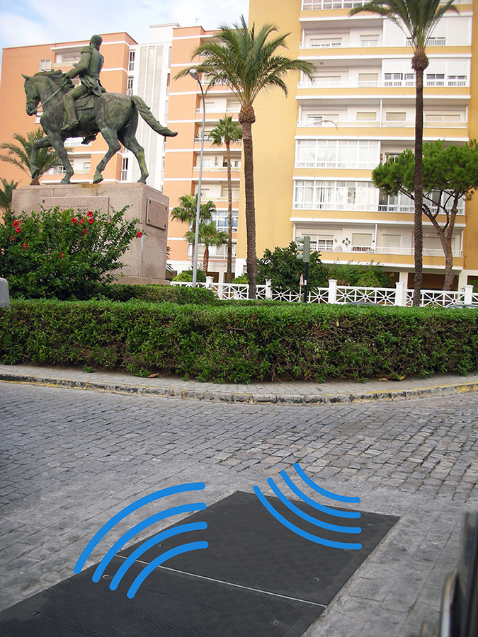 Fibrelite FM45 covers installed allowing RF signals to pass freely through. Photo credit: Aguas de Cádiz