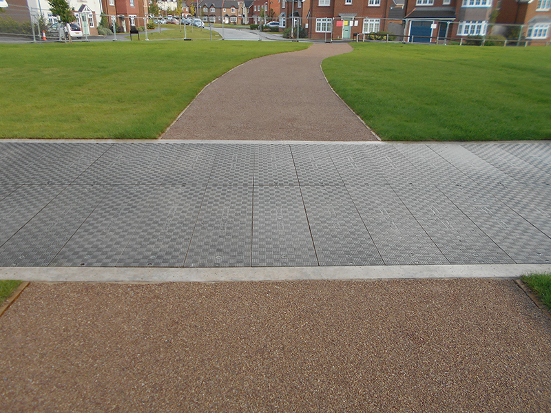 Fibrelite's treads incorporate a specialised anti-slip material for added safety
