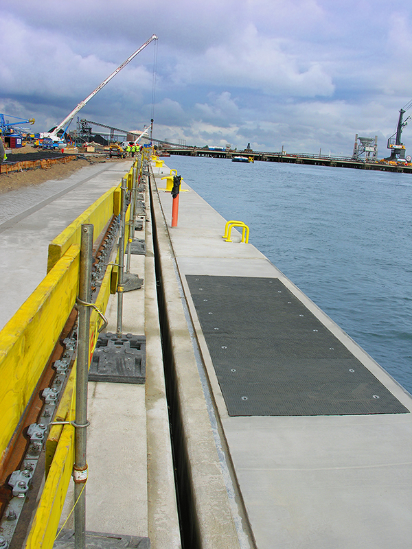 D400 load rated trench covers allowing safe manual removal.