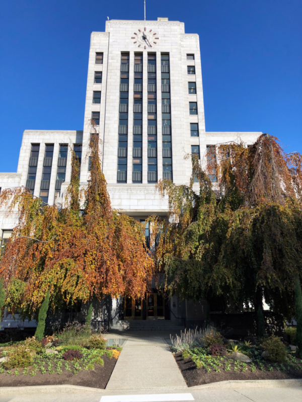 Fibrelite provided lightweight retrofit trench access covers to Vancouver City Hall