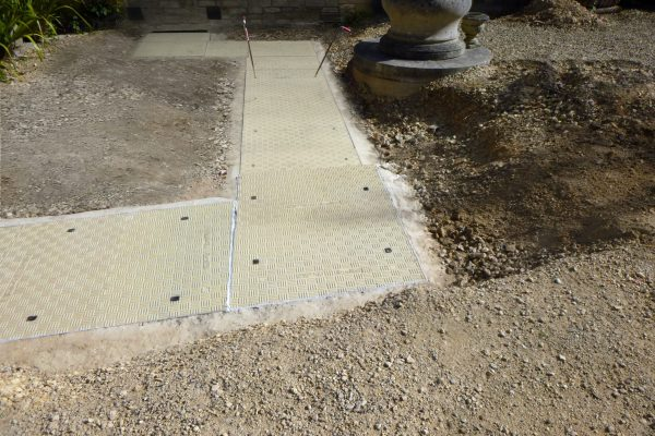 Fibrelite covers prevented the trench from becoming contaminated by debris