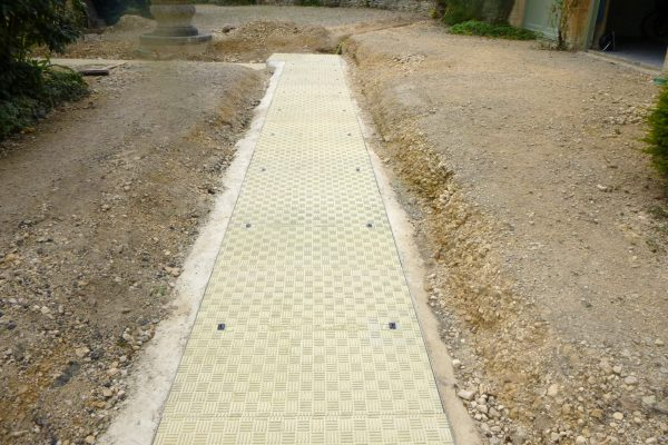 Fibrelite covers can be safely removed manually by two people