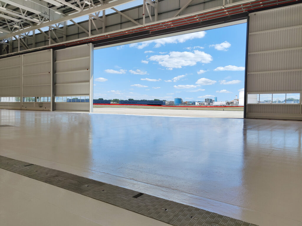 Fibrelite provided a bespoke composite trench covering arrangement for this airport maintenance facility